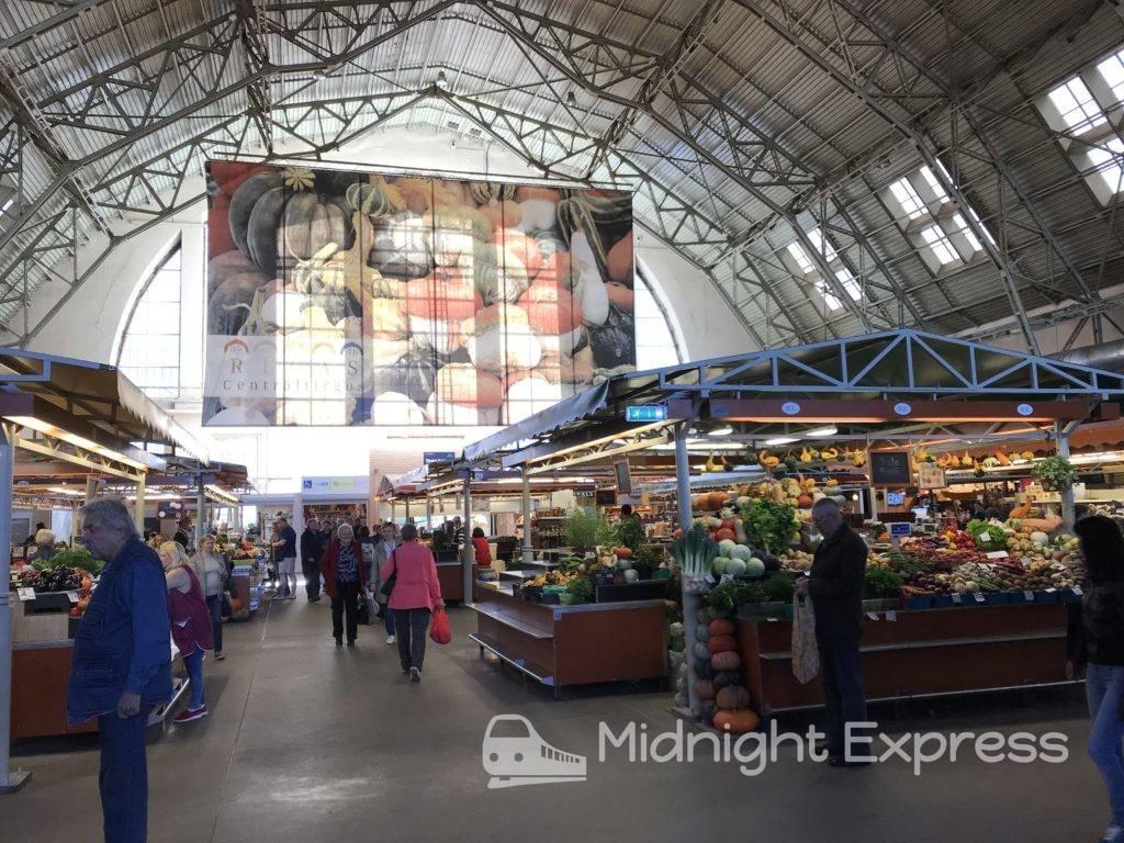 リガ 観光 リガ中央市場