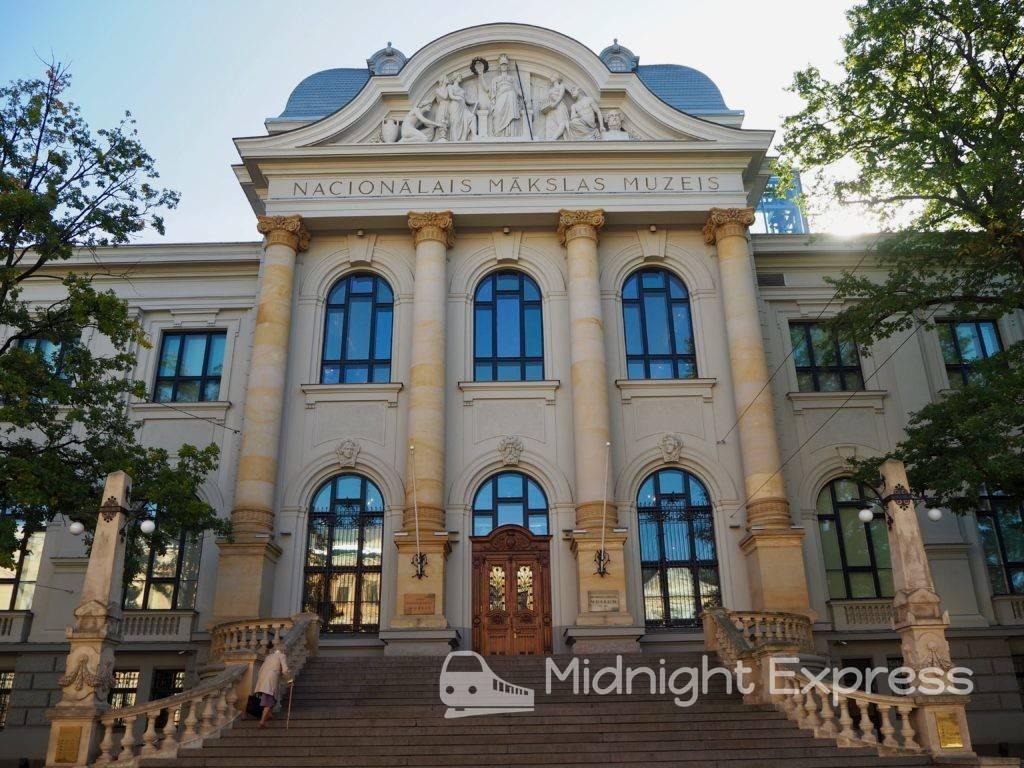 リガ 観光 ラトビア国立美術館