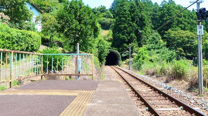凪のあすから 波田須駅