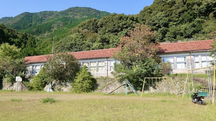 凪のあすから 旧波田須小学校
