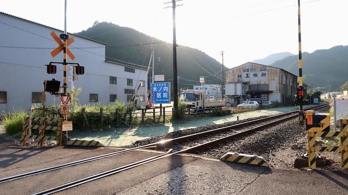 凪のあすから 造船所前線路