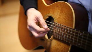 ギター 弾き語り 上達